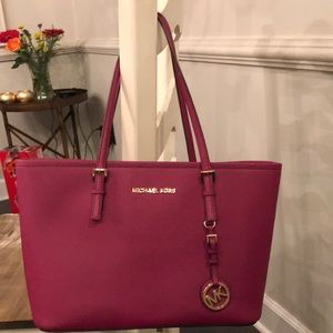 Authentic Michael Kors small jet set tote